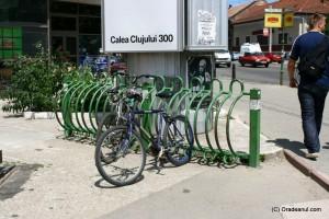 20 de rasteluri noi pentru parcarea bicicletelor