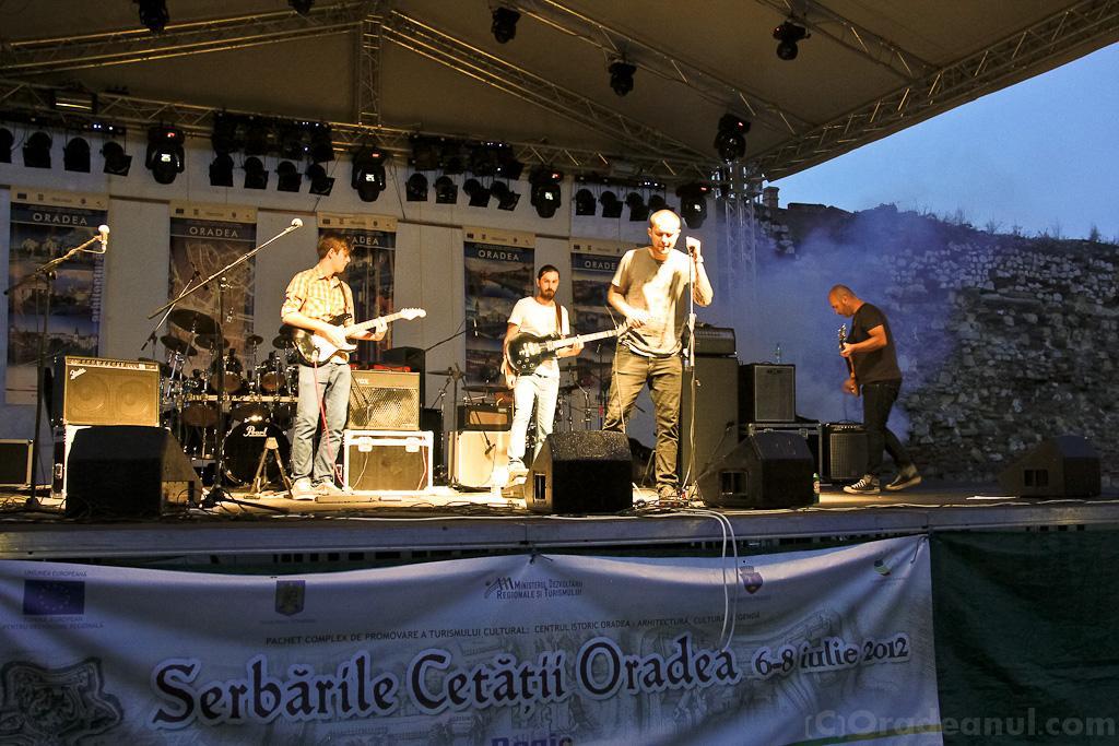 Serbarile Cetatii 2012 - Polter Guys